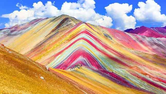 lugarese lindos para visitar rainbow mountain peru
