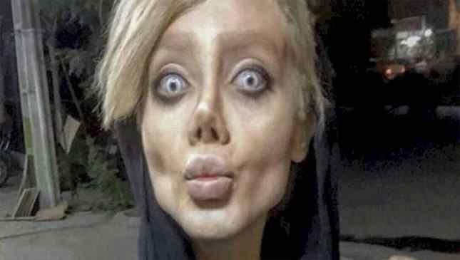 Imitação de Angelina Jolie