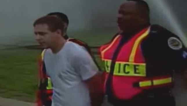homem foi preso após salvar cachorro