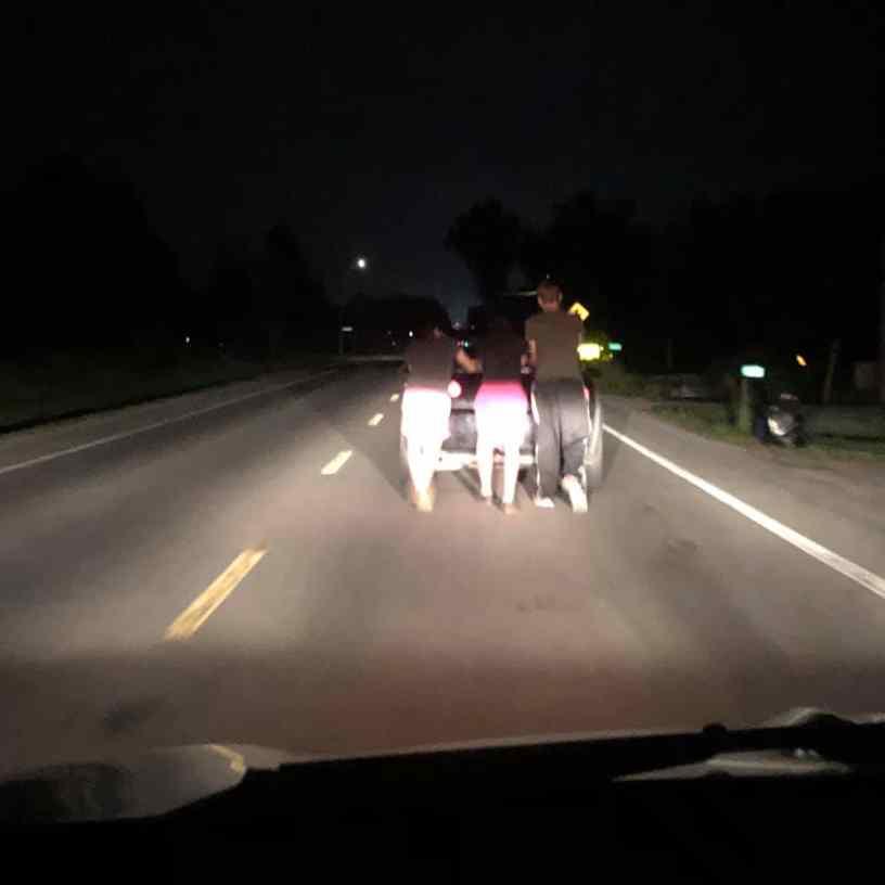 empurraram carro por 9 km