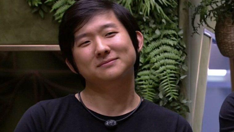 Pyong Lee explica por que usa sempre a mesma roupa