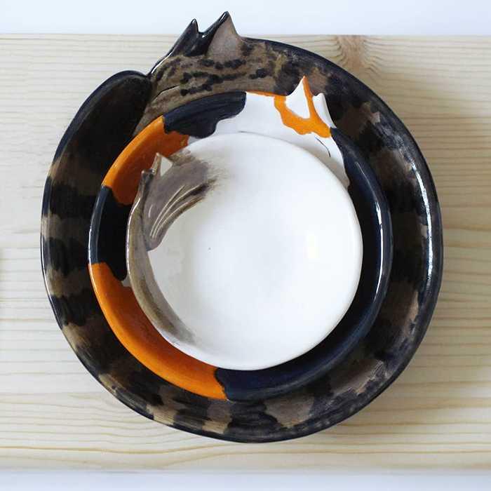 Pratos de cerâmica em formato de gatinhos 1